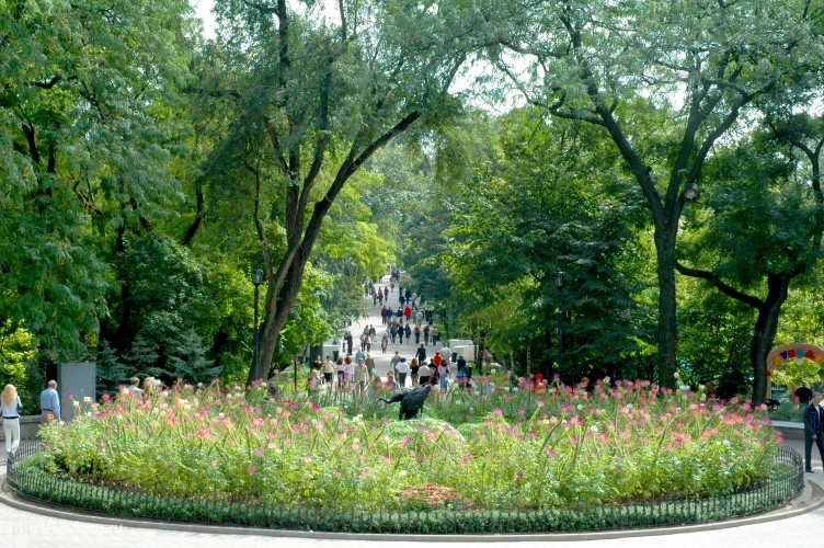 Два века городского сада